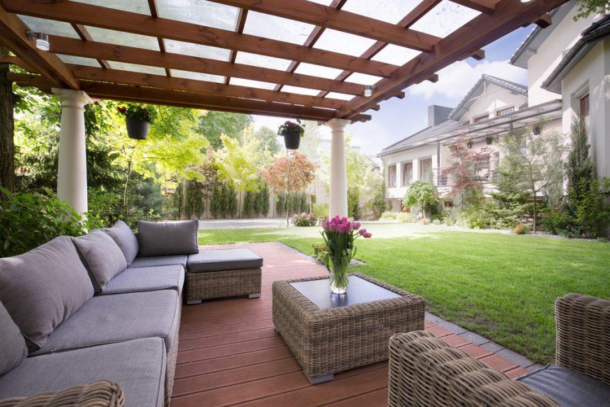 Terrassendach Materialien: Welches Material ist das Richtige für mich?