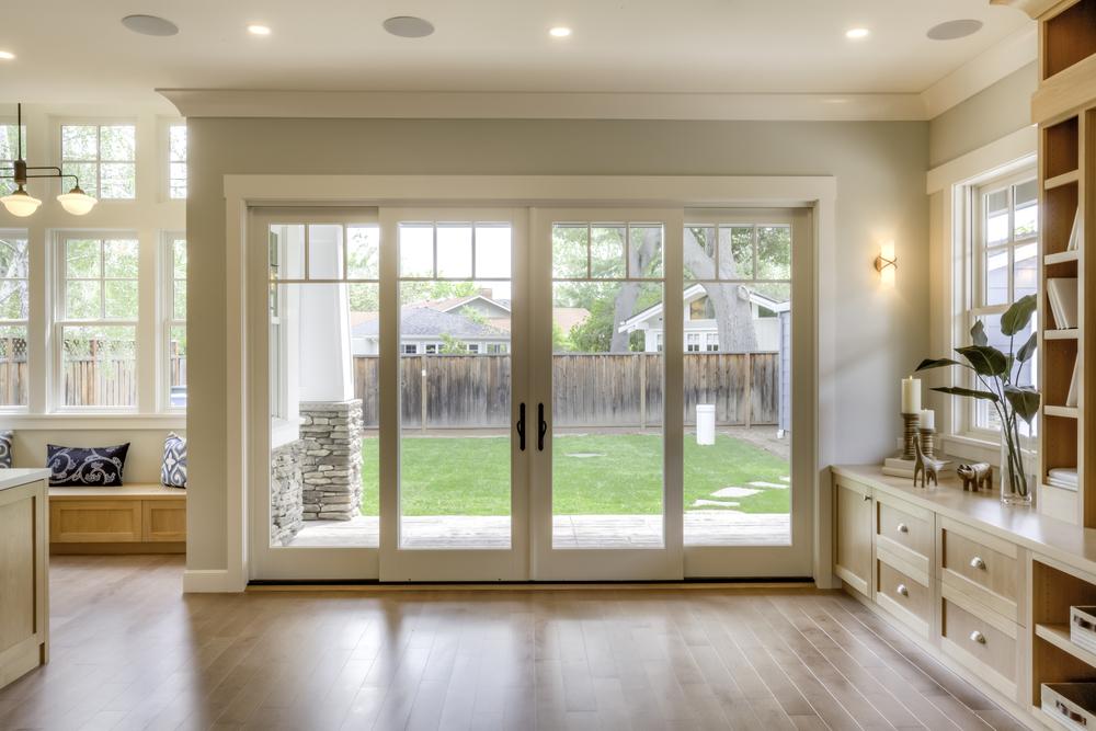 Erdgeschossfenster und Terrassentüren einbruchsicher machen