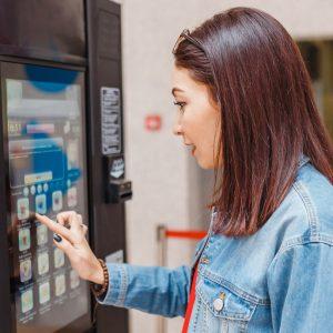 Kaffeevollautomaten mit Münzeinwurf: Leckerer Kaffeegenuss für Büros und Kantinen